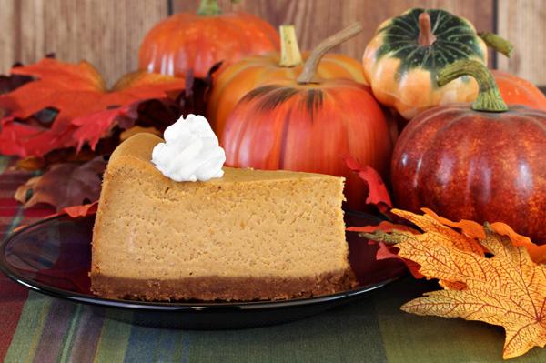pumpkin-cheesecake-whipped-cream